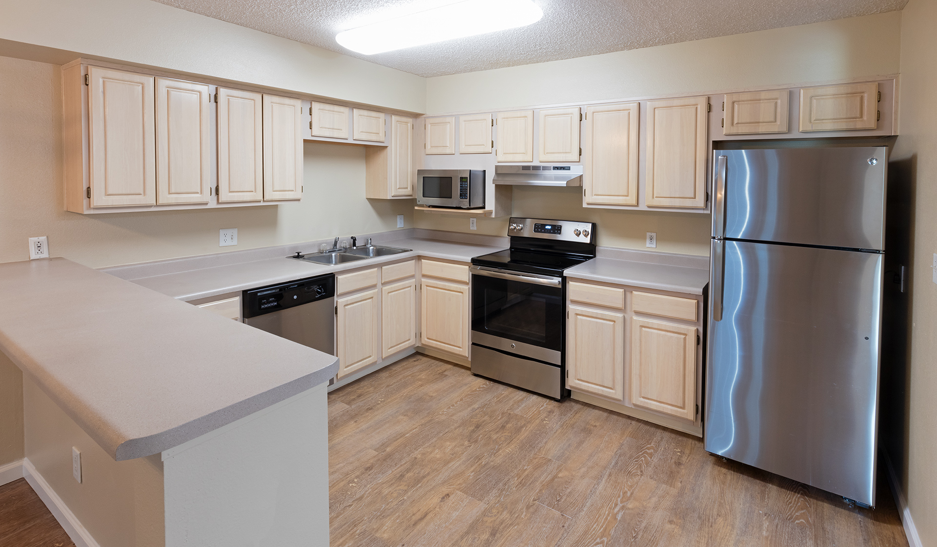 Meadow Creek Apartments - Kitchen - Boulder, Co