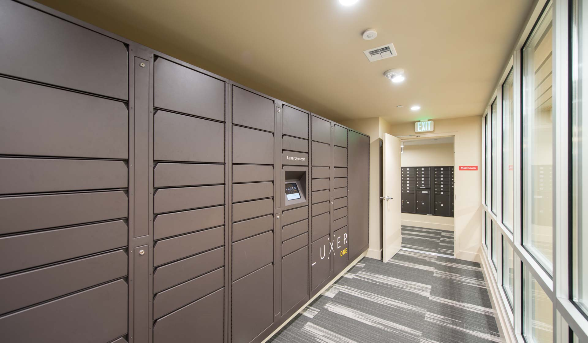 Meadow Creek Apartments - Boulder Creek - package locker